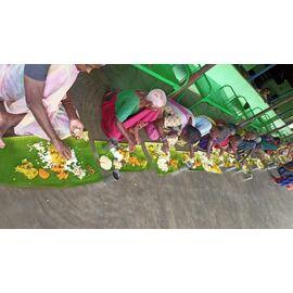 சிங்கப்பூரில் வசிக்கும் செழியன் குமார் மற்றும் சண்முகபிரியா வின் மகன் ரோஷன் ராம்பாலாஜி யின் நேற்று (25/07/2020), முதலாவது பிறந்த நாளை முன்னிட்டு, இன்று (26/07/2020) அறந்தாங்கியில் உள்ள நமது இல்லத்தில் மதிய உணவு சேவை வழங்கப்பட்டது. குட்டி செல்வனுக்கு வாழ்த்துக்கள் தெரிவித்துக் கொள்கிறோம். The event is sponsored by Chelian-Shanmuga Priya family and it is coordinated by NMC-SINGAI UDHAVUM KARANGAL FRIENDS.