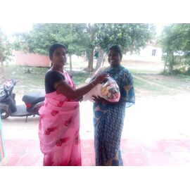 The groceries donation was given in Aranthanki on 06/07/2020 by Naina mohamed college B.sc cs 2003 batch and Singai Udhavum Karangal friends.