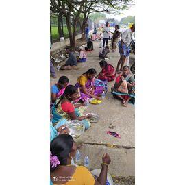 இன்று 11/01/2021 நமது சிகரம் பவுண்டேஷன் சொசைட்டி அன்னதான திட்டத்தின் கீழ் புதுச்சேரி ராஜிவ்காந்தி பென்கள் மற்றும் குழந்தைகள் மருத்துவமனையில் உள்ள ஆதரவற்ற மற்றும் ஏழ்மையானவர்கள் 185கும் மேற்பட்ட நபர்களுக்கு அறந்தாங்கியில் அமைந்துள்ள நைனா முஹம்மது கல்லூரி முன்னாள் B.sc கம்ப்யூட்டர் சயின்ஸ் மாணவ- மாணவிகள் மற்றும் சிங்கப்பூரில் அமைந்திருக்கும்..சிங்கை உதவும் கரங்கள் நண்பர்கள் இணைந்து இன்று மதிய உணவு சேவையை அளித்து இருக்கிறார்கள். அவர்களுக்கும், அவர்களுடைய குடும்பத்தினருக்கும் வாழ்த்துக்களையும் தொண்டுநிறுவனத்தின் சார்பில் நன்றியையும்தெரிவித்துக்கொள்கிறோம்...மேலும் தாங்களும் இது போன்ற நல்ல நாட்களில் ஆதறவற்றோர்களுக்கு உணவு வழங்கி மகிழ்ந்திட @ நமது சிகரம் பவுண்டேஷன்:9047656523 The activity is organized by Vaithi from Singai Udhavum Karangal and thanks to him to co-ordinate the activity. Apart from that, the activity is sponsored by NMC - Singai Udhavum Karangal Friends. Regards, NMC - SINGAI UDHAVUM KARANGAL ANNOUNCEMENT TEAM View our group members