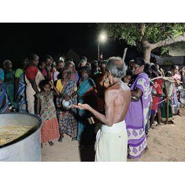 Date: 31/03/2021 அனைவரும் வணக்கம்! இன்று 31/03/2021 VSV free food charitable trust perumanallur, அன்னதானத் திட்டத்தின் கீழ், புதுக்கோட்டை மாவட்டம் அறந்தாங்கியில் அமைந்துள்ள நைனா முஹம்மது கல்லூரி முன்னாள் B.sc கம்ப்யூட்டர் சயின்ஸ் மாணவ- மாணவிகள் மற்றும் சிங்கப்பூரை மையமாகக்கொண்டு, பல்வேறு நாட்டில் வேலை பார்க்கும், சிங்கை உதவும் கரங்கள் நண்பர்கள் இணைந்து இன்று மதிய  நேர உணவு  சேவையை (வழங்க  ரூபாய் 6,000 நன்கொடை)அளித்து இருக்கிறார்கள்.  அவர்களுக்கும், அவர்களுடைய குடும்பங்களுக்கும் உங்கள் சார்பிலும் தொண்டுநிறுவனம் சார்பிலும் நன்றி.. மனமார்ந்த வாழ்த்துக்கள். The food support has provided to VSV free food charitable trust perumanallur and the request has forwarded by Kothan from Singai Udhavum Karangal. Sponsored by NMC 2003 Batch and Singai Udhavum Karangal Friends. Thanks to NMC and Singai Udhavum Karangal Friends for the continuous support. The video is available in the following facebook; https://m.facebook.com/story.p... இவண்,NMC 2003 Batch - SINGAI UDHAVUM KARANGAL ANNOUNCEMENT TEAM View our group members